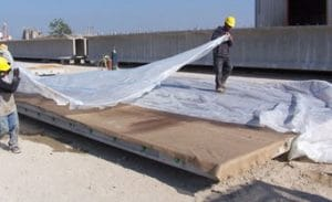 curing of concrete by Wet covering